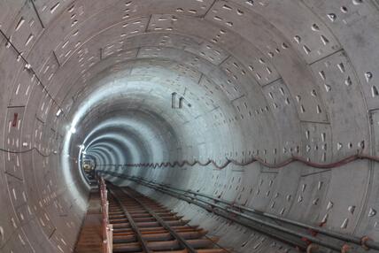 ffu材料:地铁盾构隧道施工中sew工法的应用